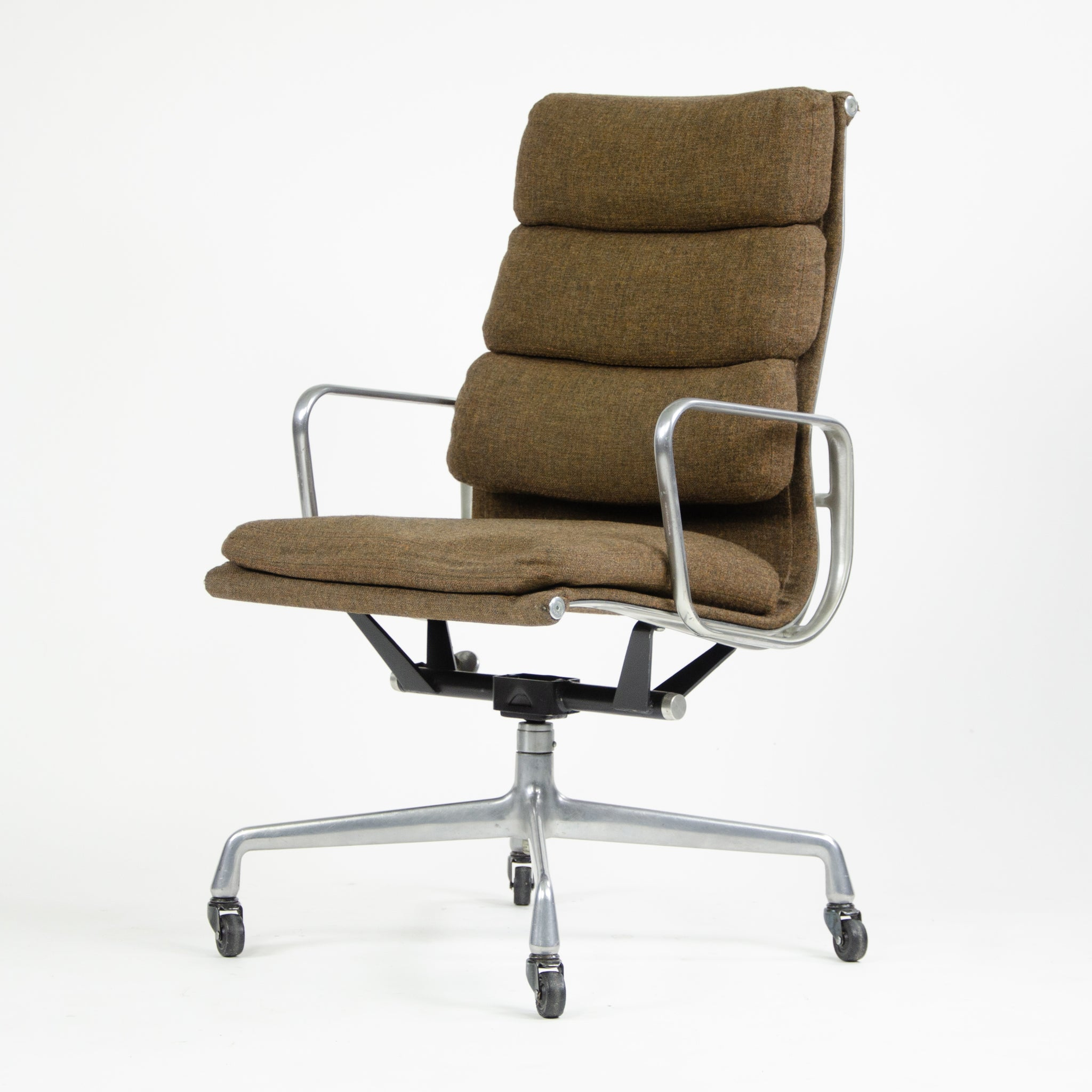 SOLD Herman Miller Eames Vintage Fabric High Back Soft Pad Aluminum Chair 1980's