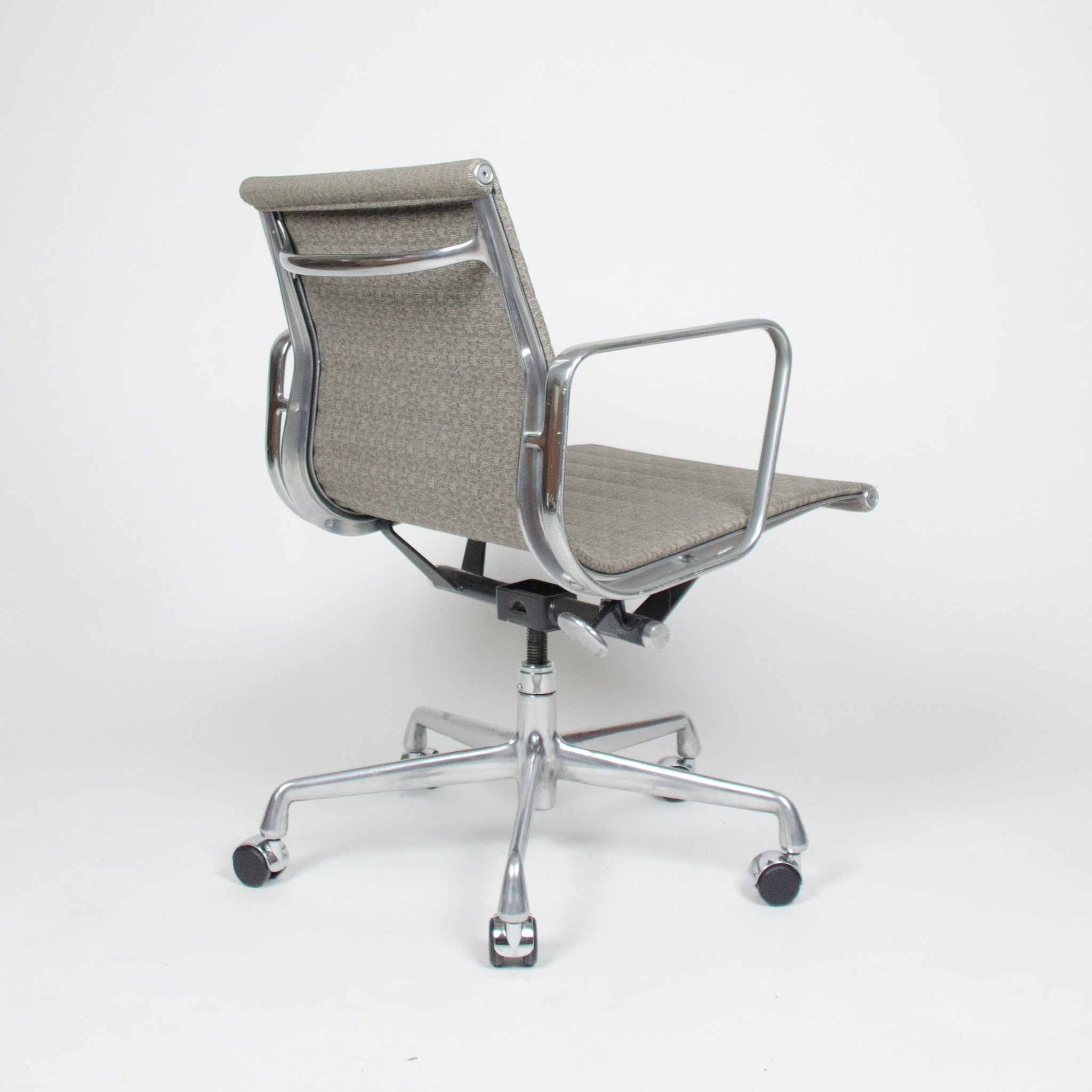 SOLD Eames Herman Miller Fabric Executive Aluminum Group Desk Chairs 13x