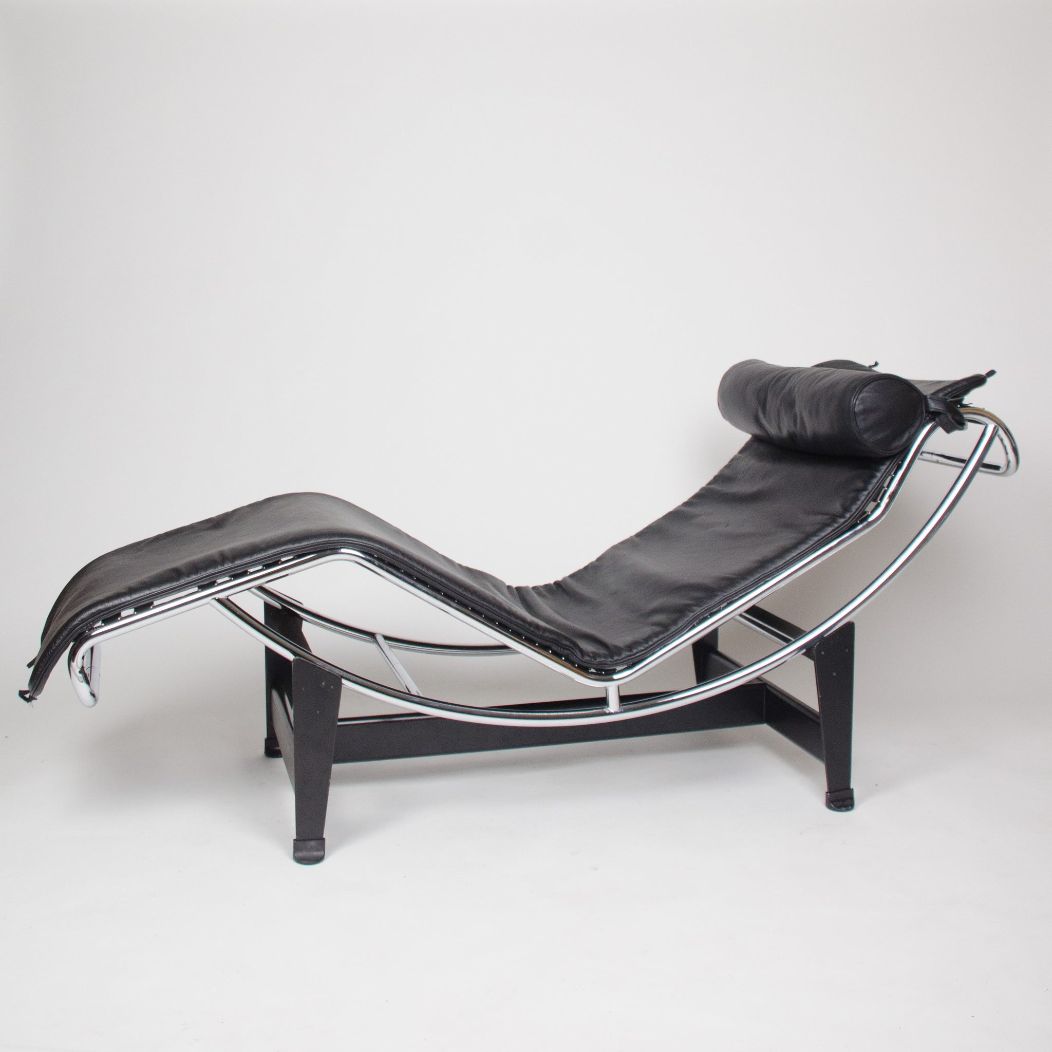 SOLD Cassina Le Corbusier LC4 Chaise Lounge Chair Black Leather
