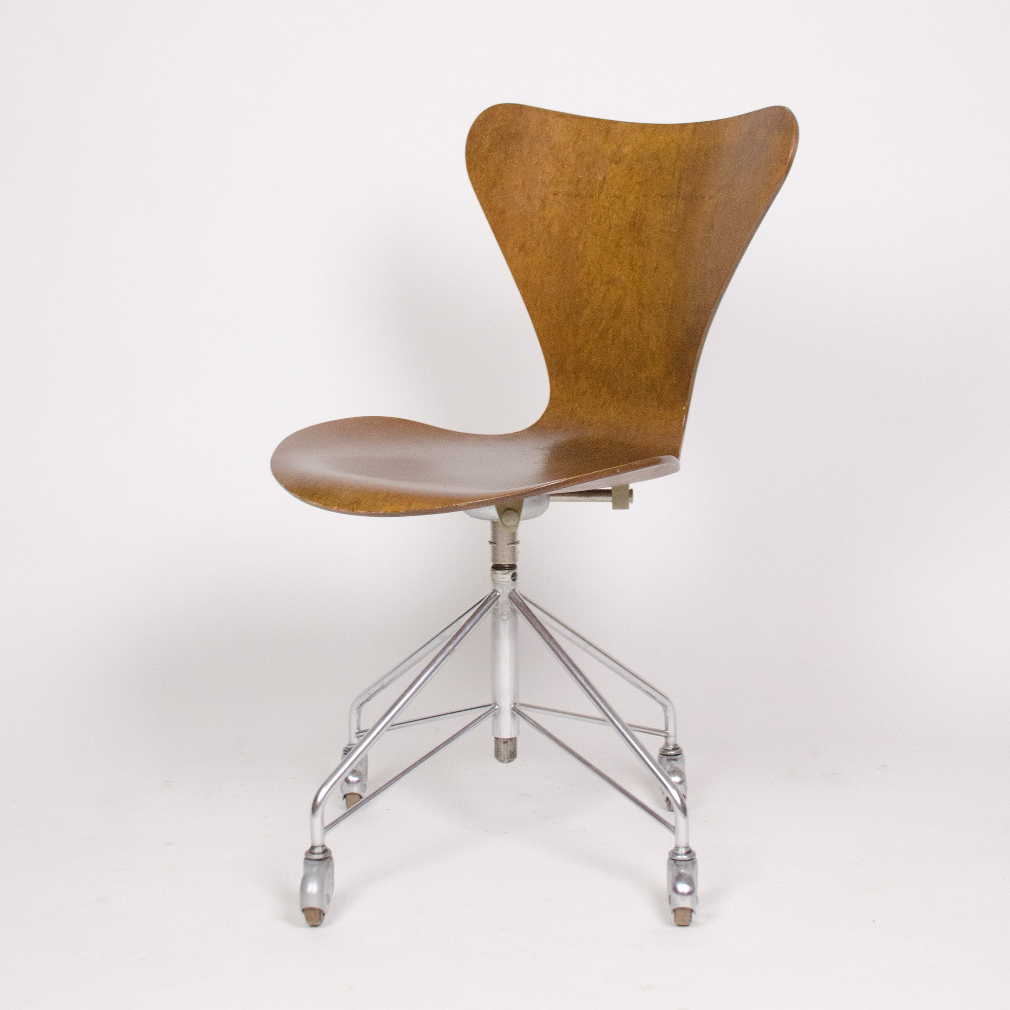 en product jacobsen fritz inquiry chair s art hansen okay arne