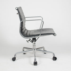 SOLD Herman Miller Eames Low Aluminum Group Executive Desk Chair Black Leather 2007