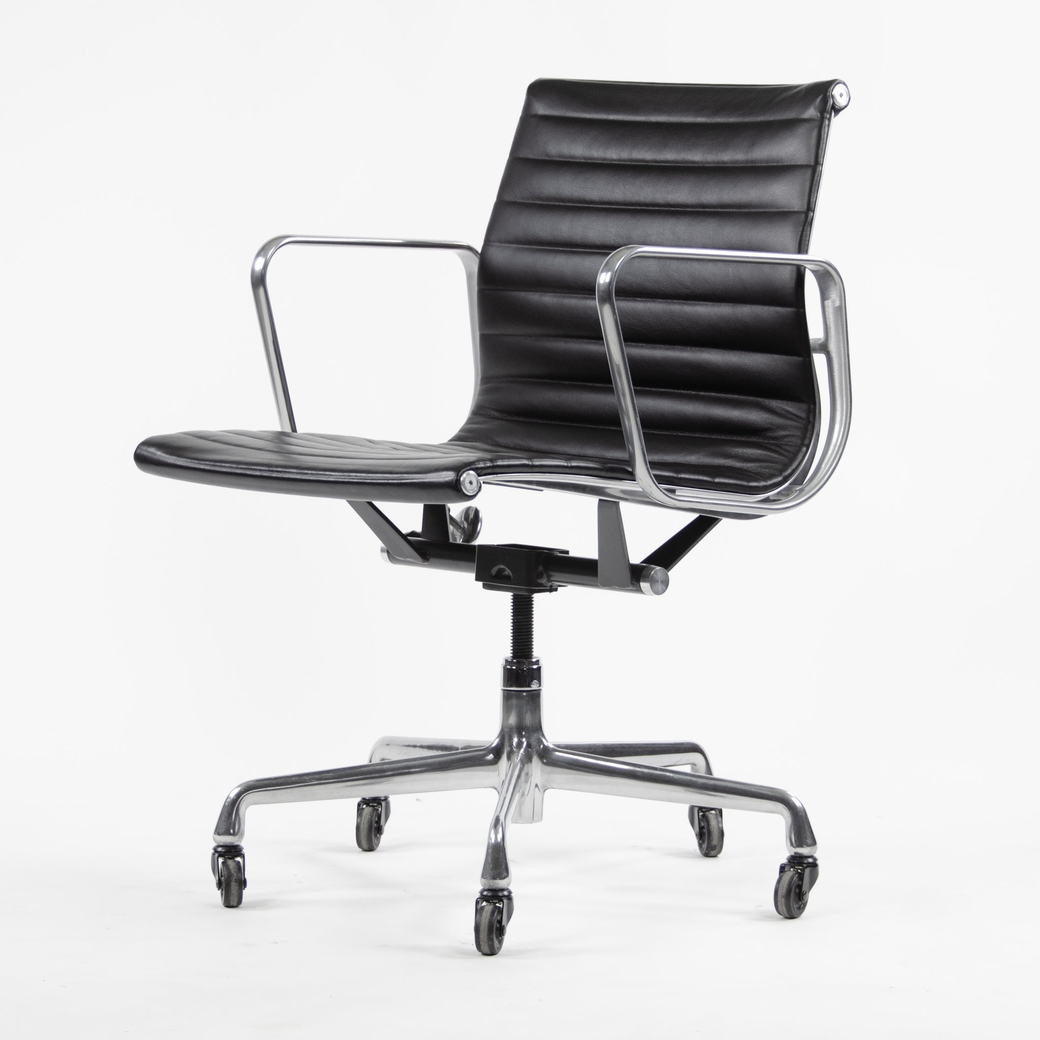 SOLD Herman Miller Eames Aluminum Group Low Back Chair Black Leather 2009 2x Available