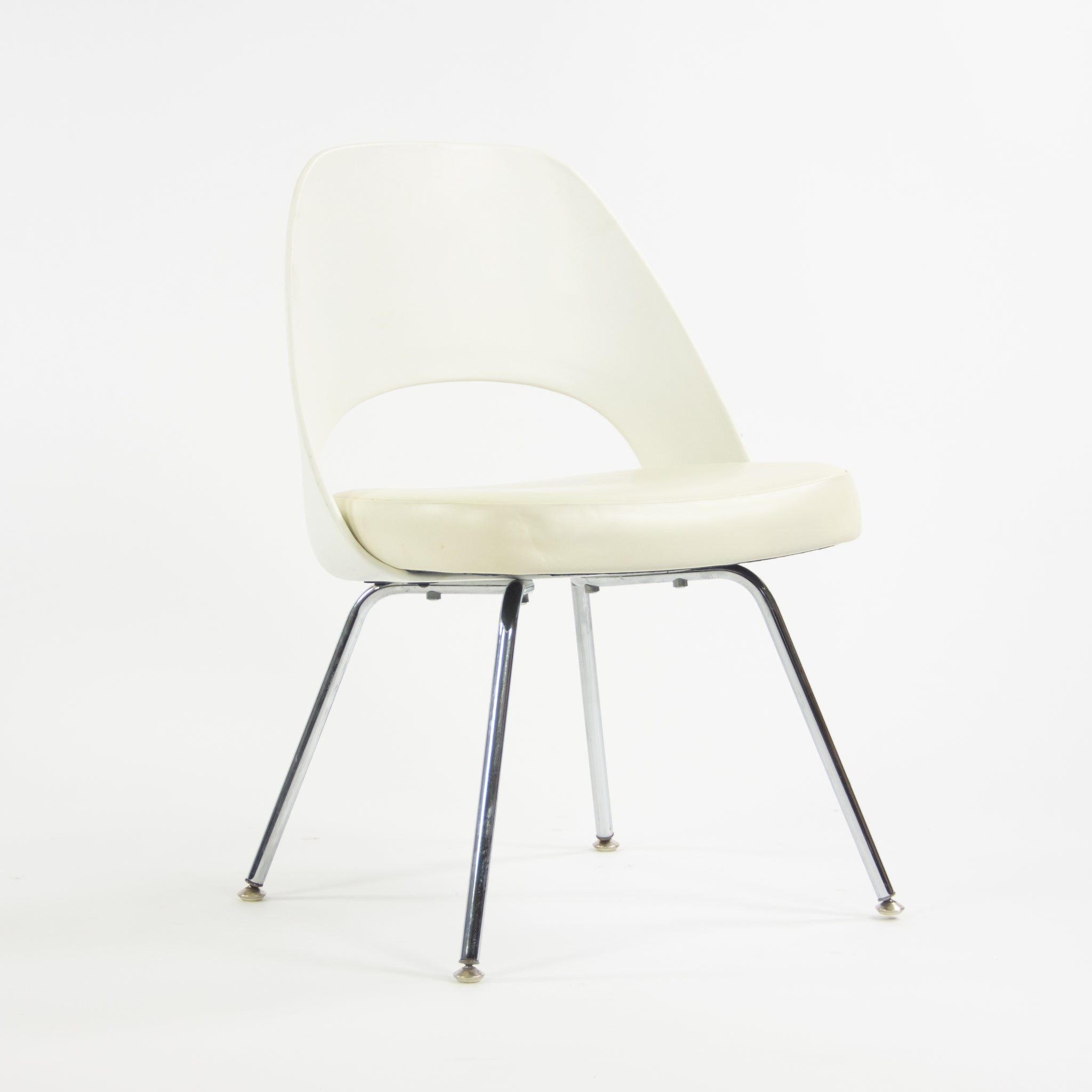 2014 Knoll Studio Eero Saarinen Executive Armless Side Chairs White 150+ Available