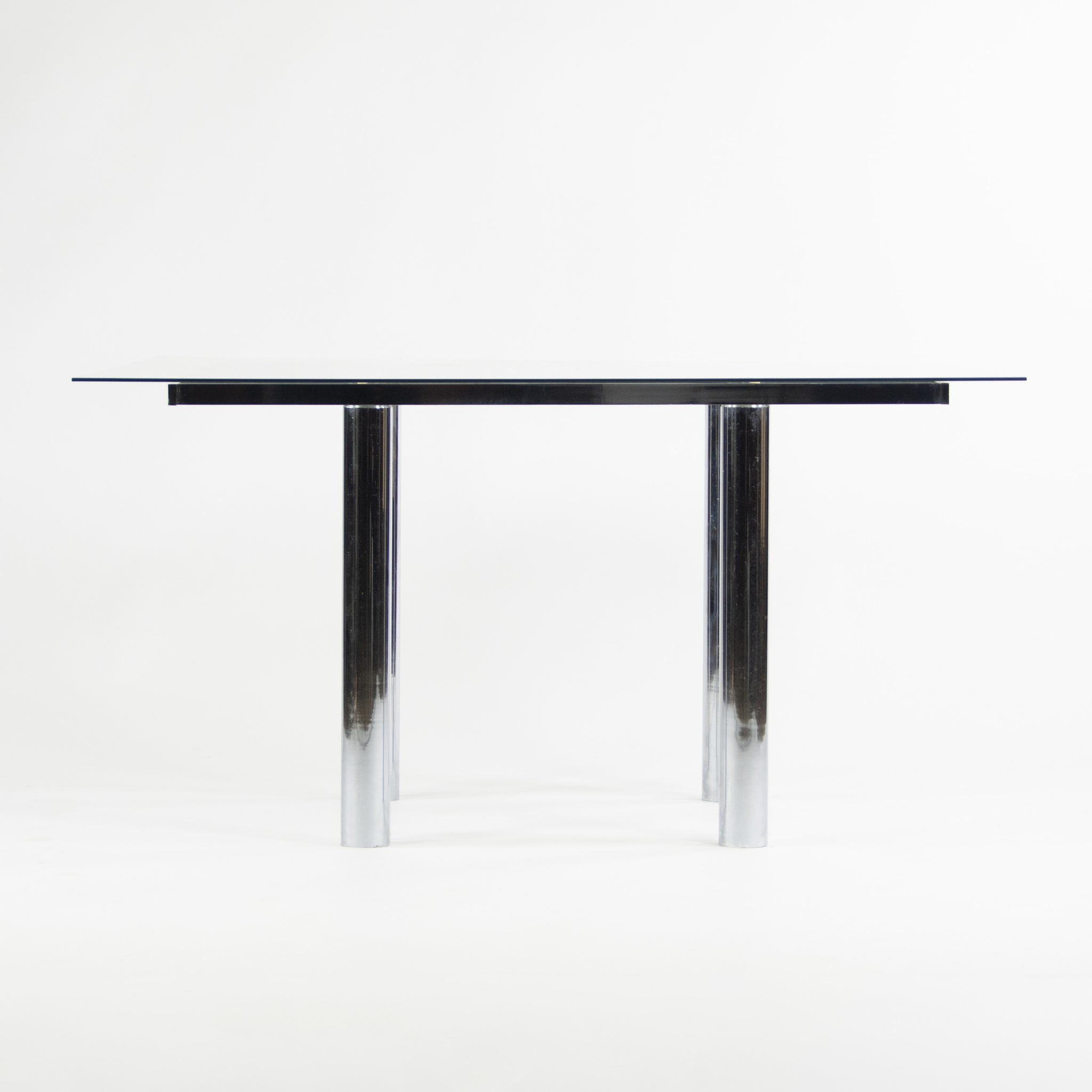 Knoll International Afra and Tobia Scarpa Andre Dining Table