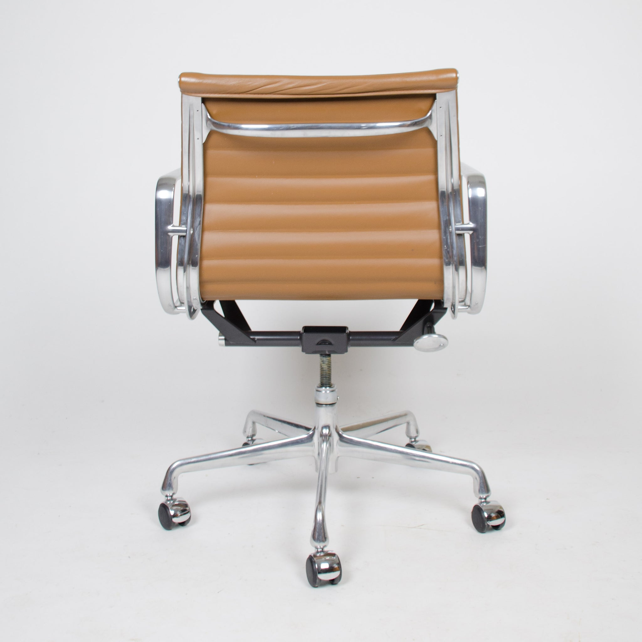 Eames Herman Miller 2000's Caramel Low Aluminum Group Desk Chairs 2x Available