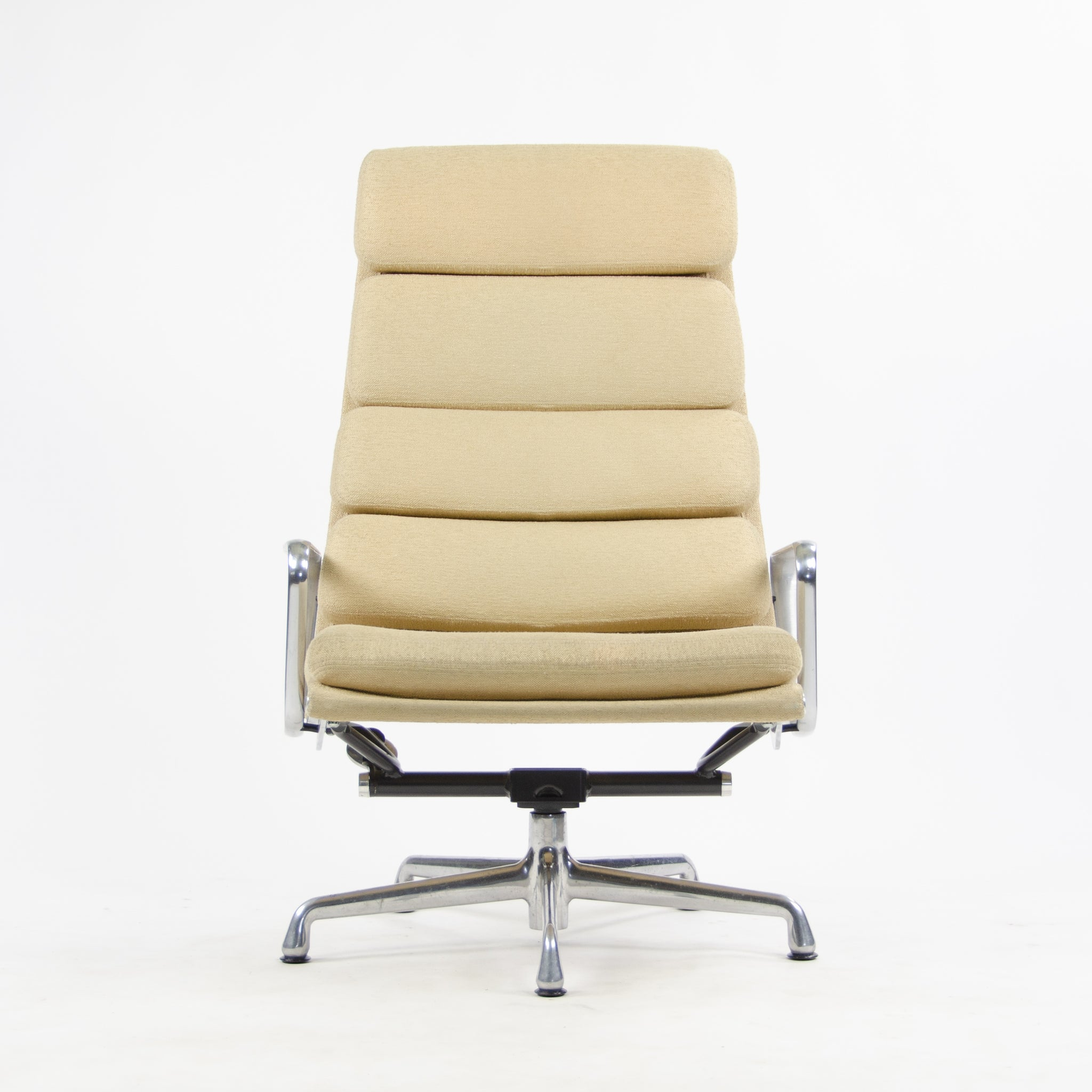 Herman Miller Eames Soft Pad Aluminum Group Lounge Chairs Fabric 2x 2007