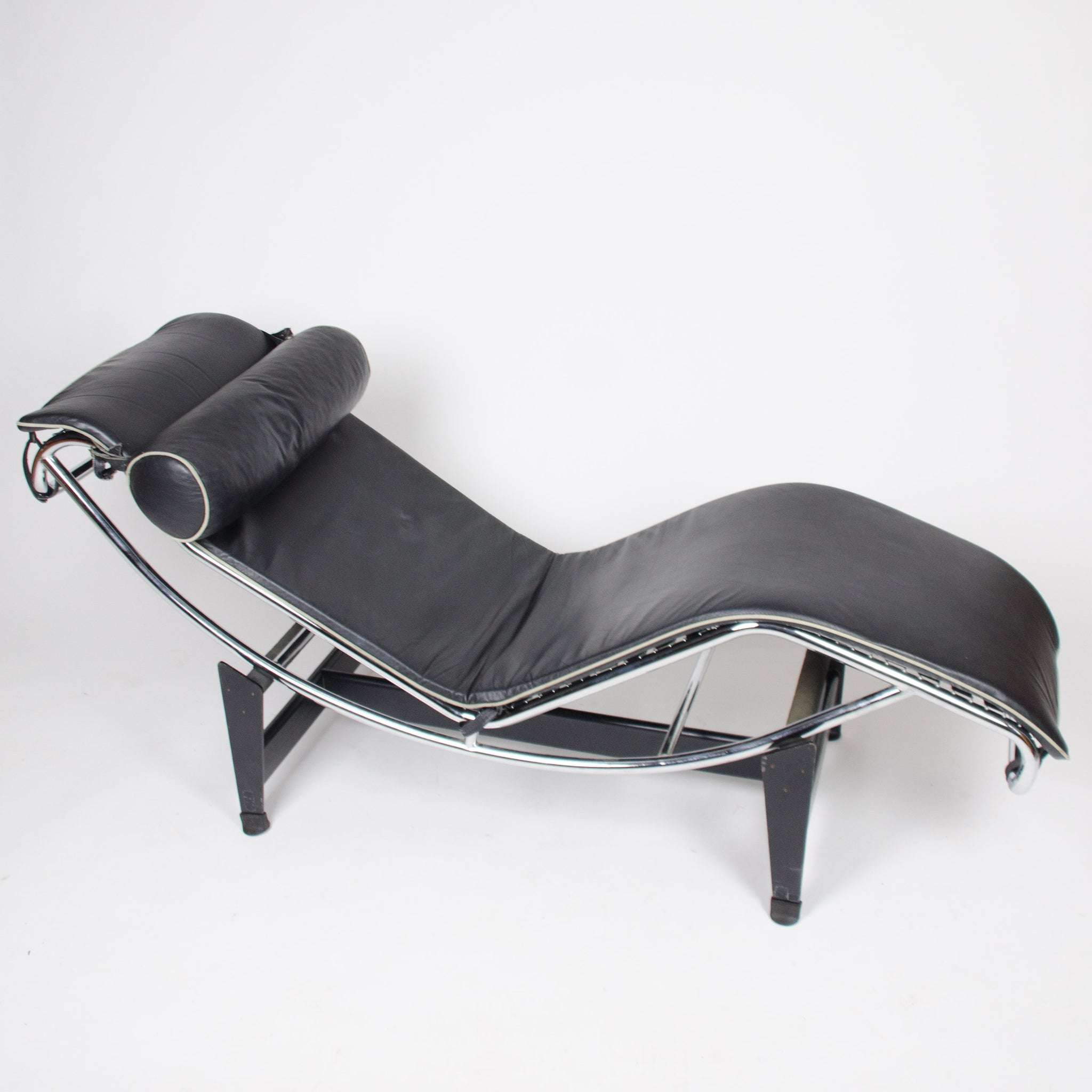 Le Corbusier Cassina LC4 Chaise Lounge Chair Leather Rare And Original