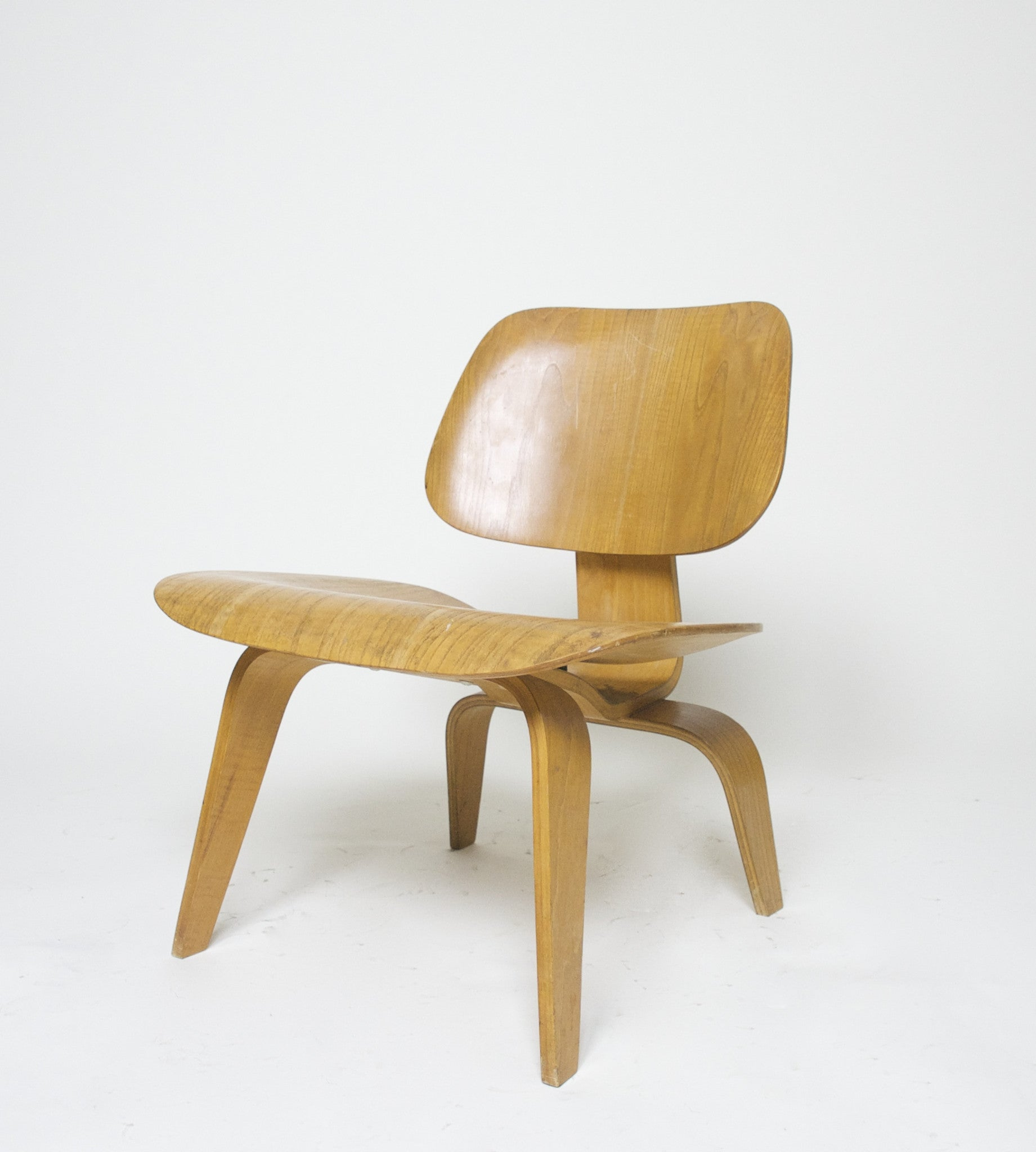 SOLD Eames Evans Herman Miller 1948/49 LCW Early Rare Chair, All Original With Label