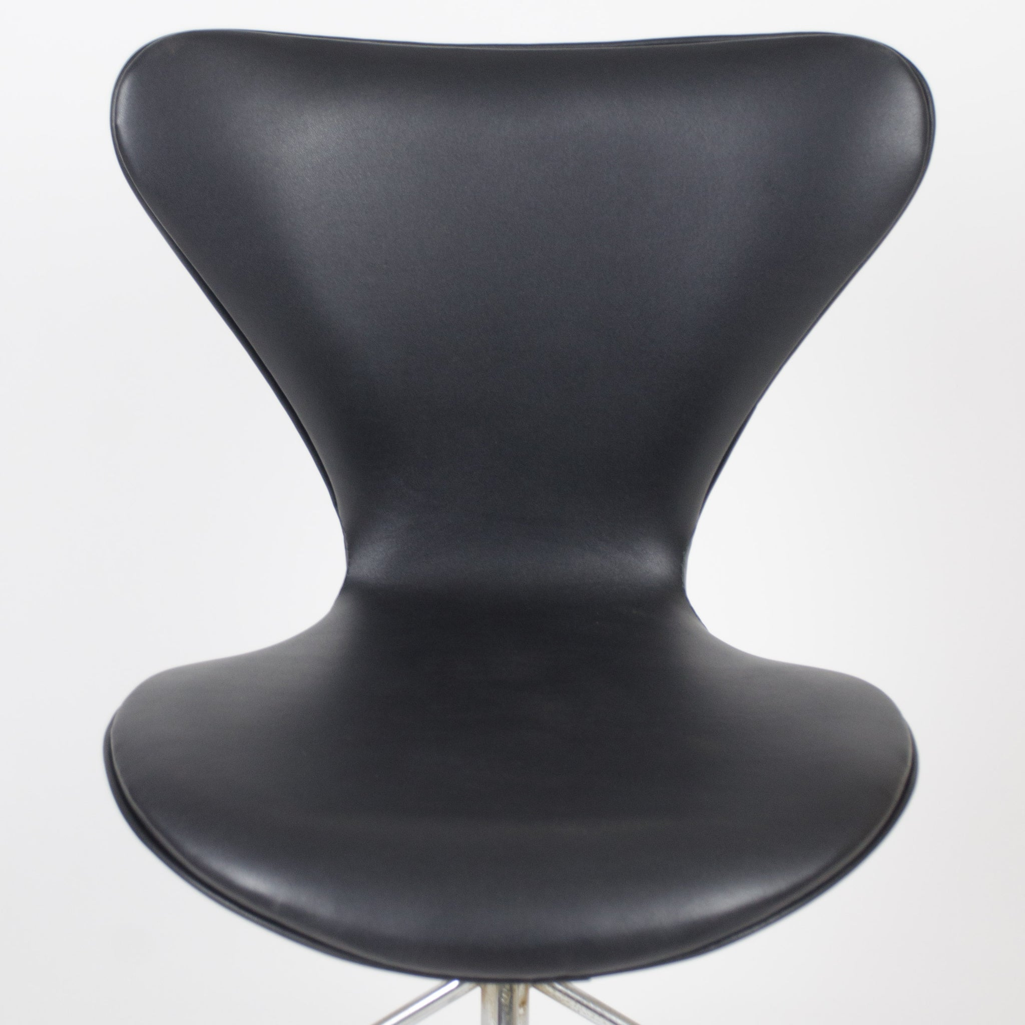 SOLD Arne Jacobsen Vintage Original 3117 for Fritz Hansen Denmark Rolling Desk Chair