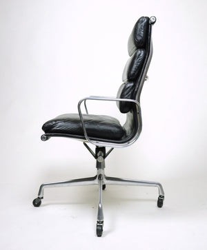 SOLD Museum Quality Eames Herman Miller Soft Pad High Back Aluminum Group Chair