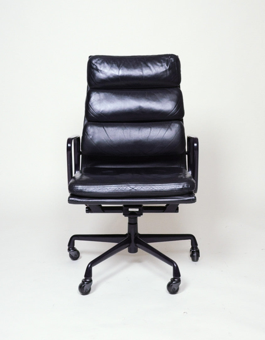 Black and Eggplant Eames Herman Miller Soft Pad High Back Aluminum Group Chairs 8 Available