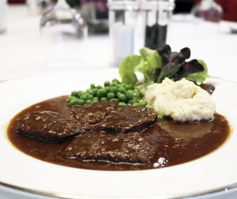 Braised Ox Tongue with Mashed Potatoes and Peas. 400g. (LY01)