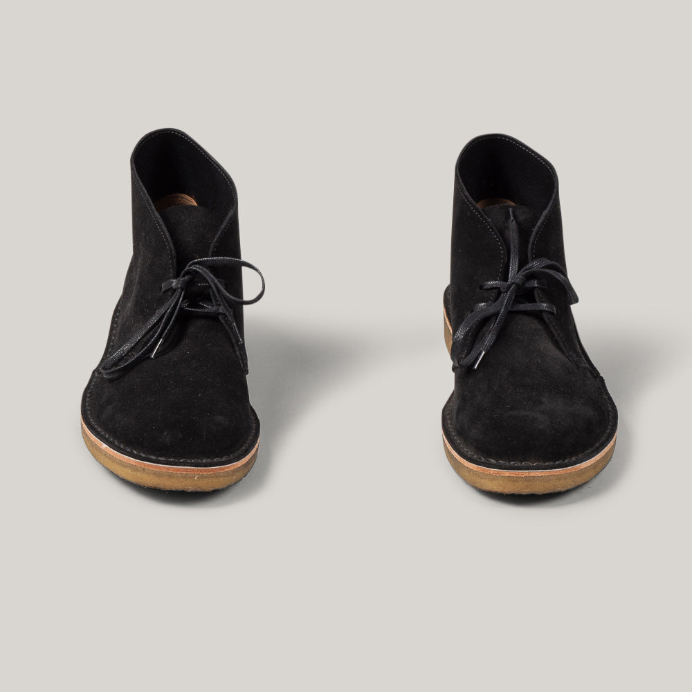 USED CLARKS SUEDE DESERT BOOT - BLACK