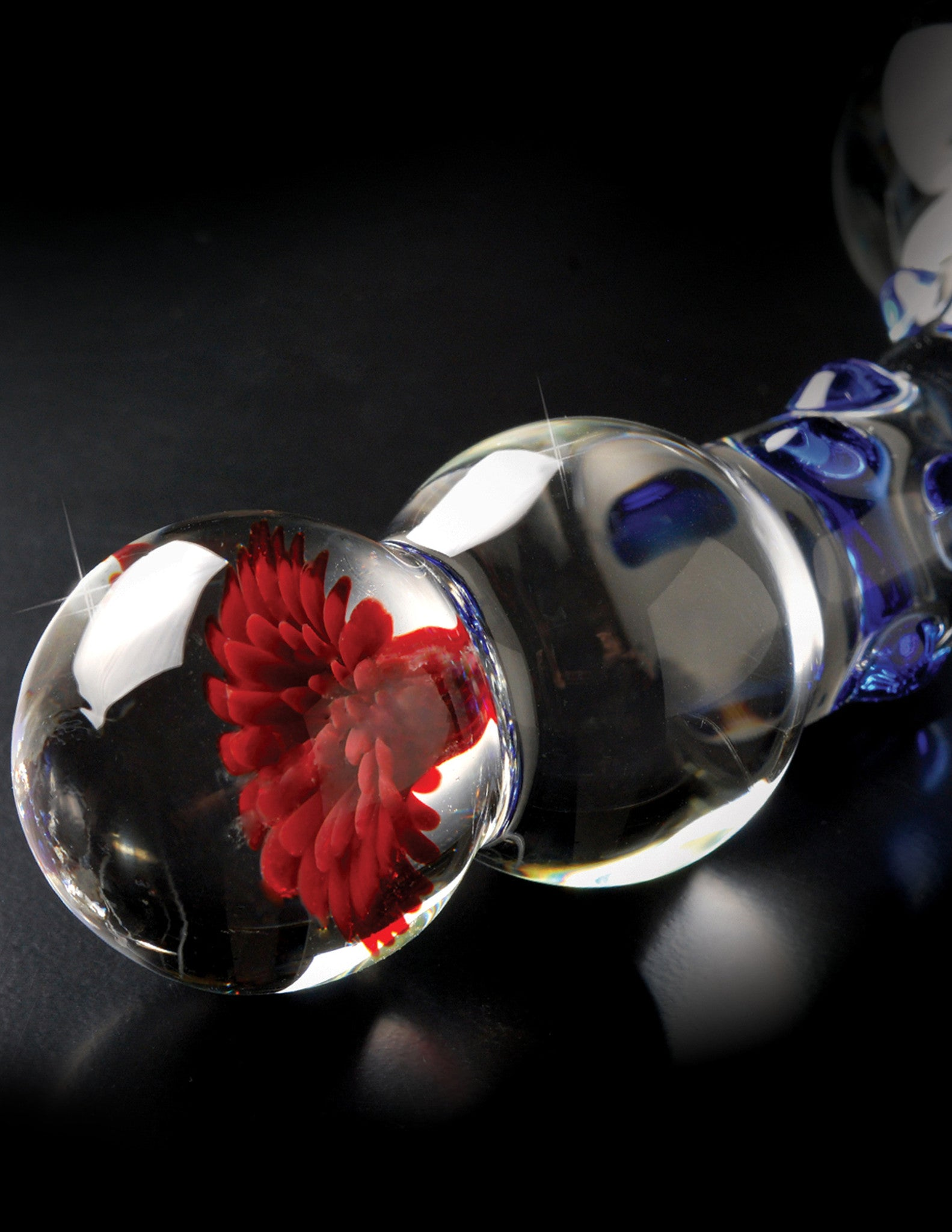 Icicles No.18 Double Ended Glass G-Spot Dildo flower detail