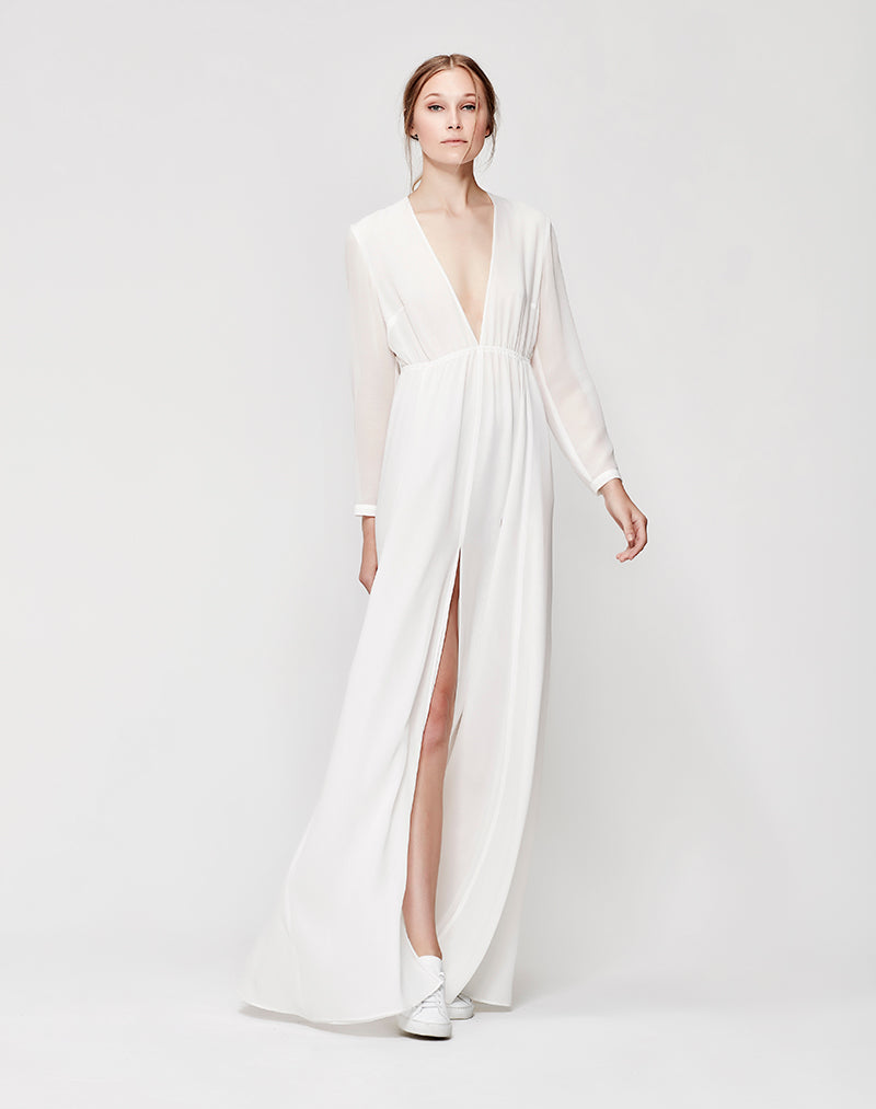 The contemporary bridal dress juliette hogan emma gown priced from 1099 ombrellifo Choice Image