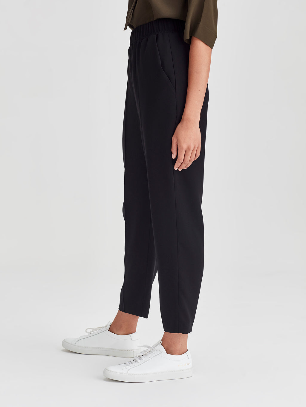 Tuck Pant (Luxe Coloured Suiting) Black