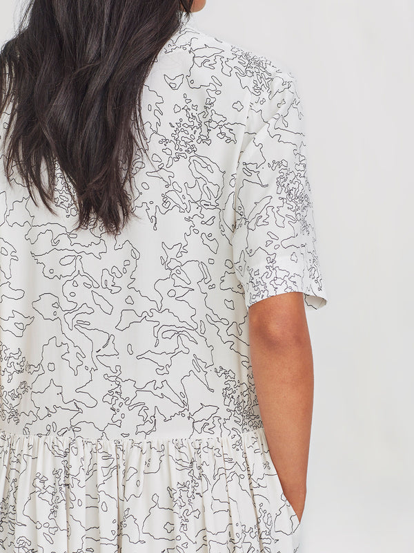 Lila Tunic (Flower Line) Chalky