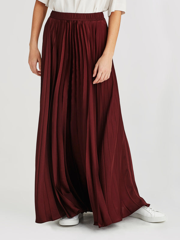 Evelyn Skirt (Satin Triacetate) Wine