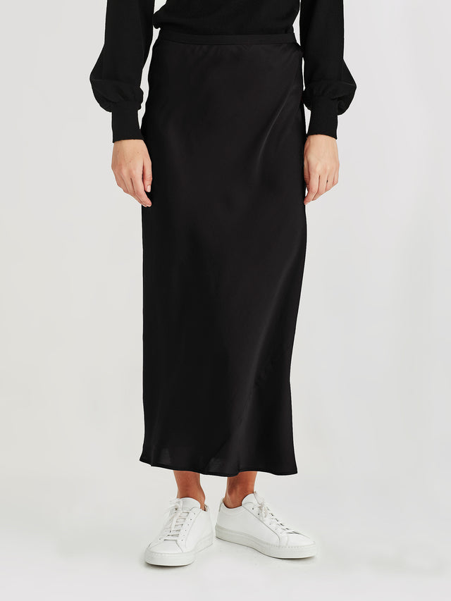 Saga Skirt (Satin Triacetate) Black
