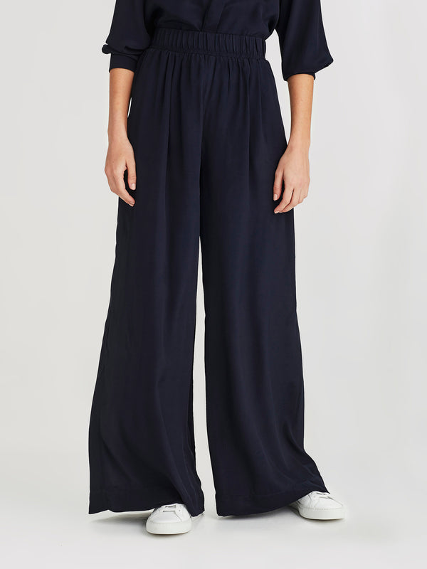 Ashley Pant (Viscose Silk ) Navy