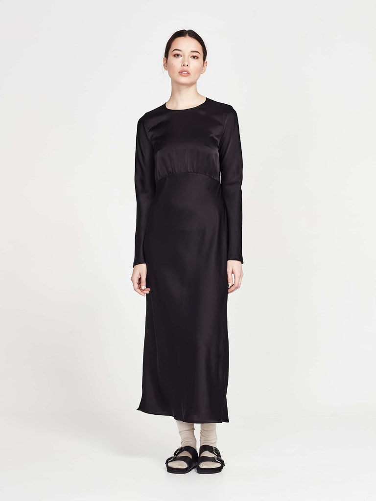 Serena Dress (Drape Satin) Black