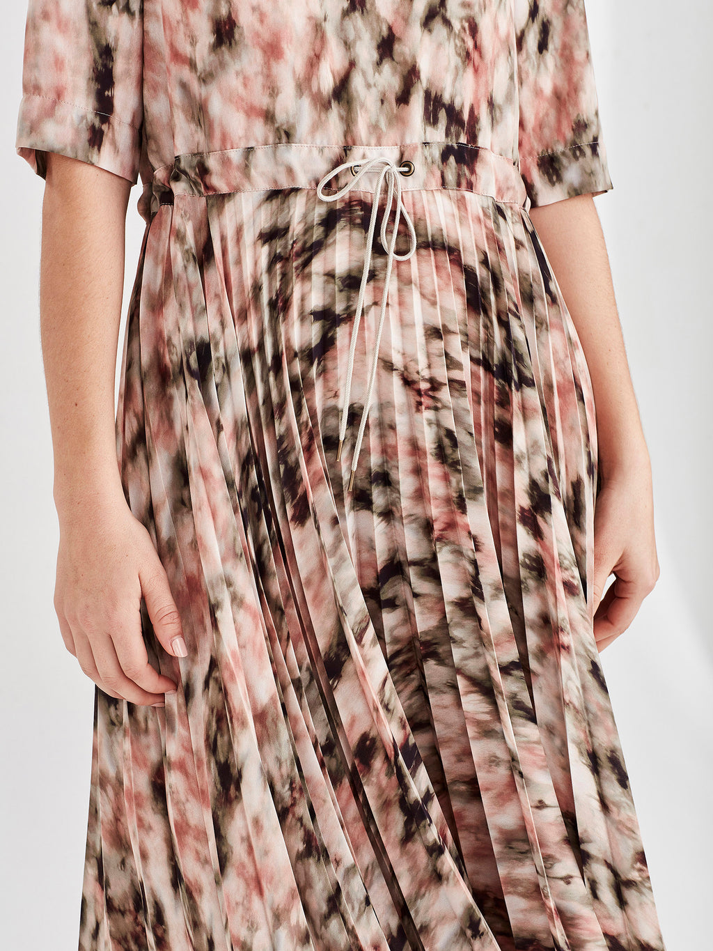 Betsy Pleat Dress (Ashbury Print) Tie Dye