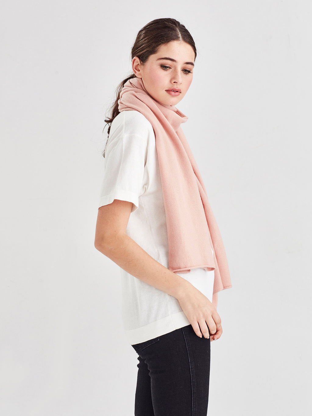 Whisper Cashmere Scarf (Cashmere) Tea Rose
