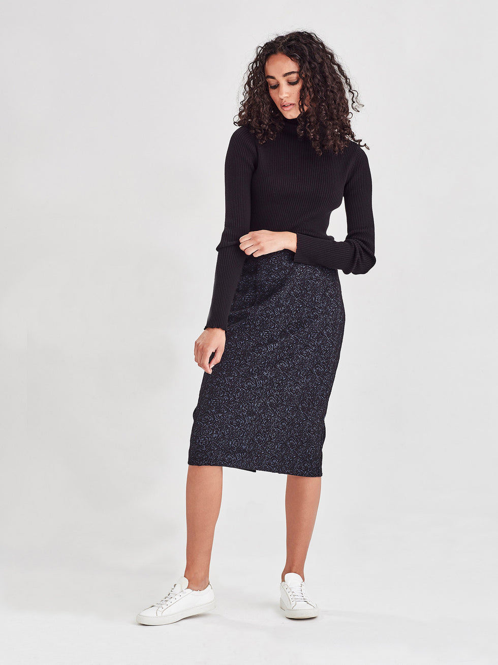 Lisa Skirt (Rose Stretch Jacquard) Navy Rose