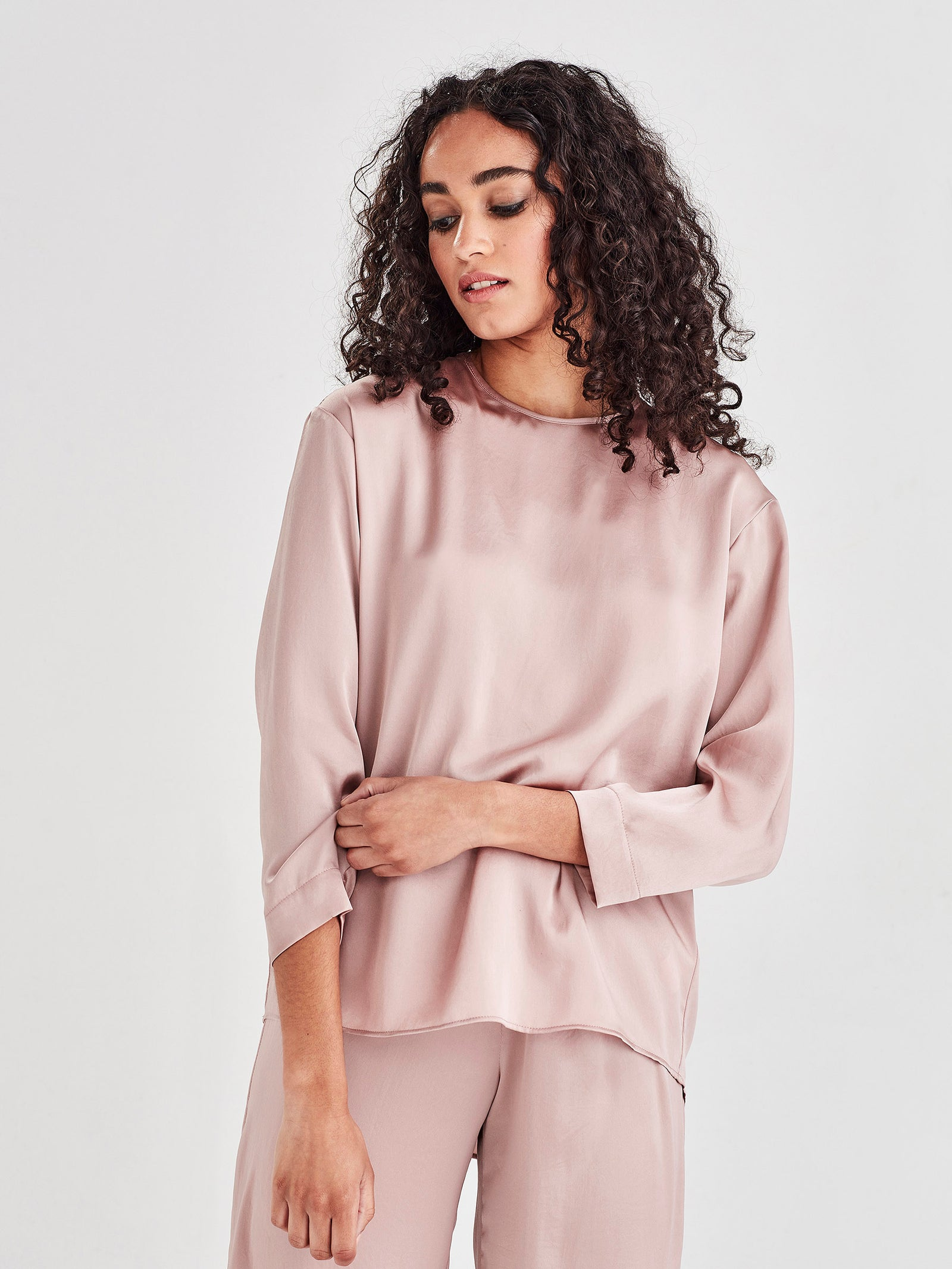 Parlour Blouse (Satin Triacetate) Blush