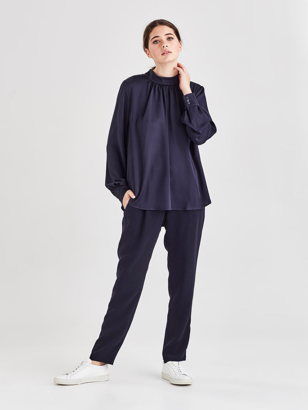Alice Blouse (Silky) Navy