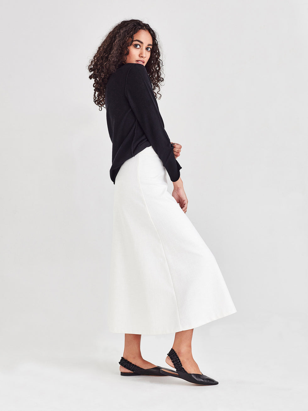 Polished Skirt (Slub Suiting) White