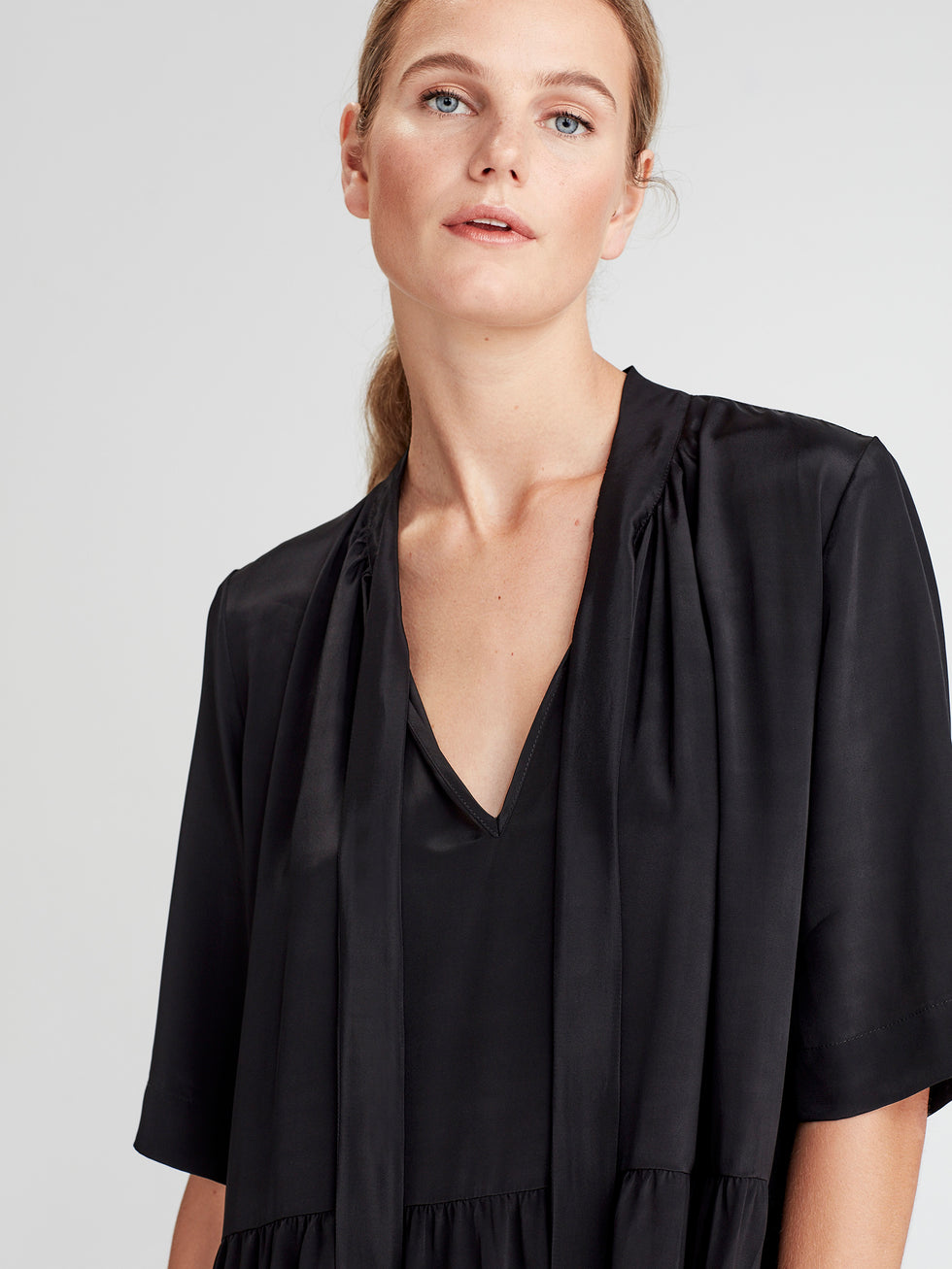 Perfect Tunic (Viscose Silk) Black