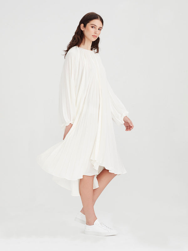 Gigi Pleat Dress (Matte Pleat) White