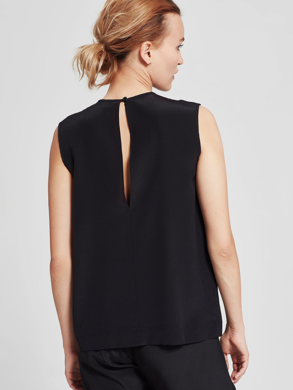 Reed Wrap Tank (Monochrome Silk) Black