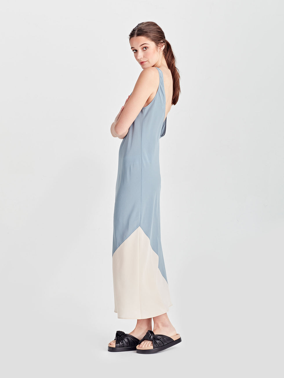 Vera Dress (Coloured Silk Crepe De Chine) Powder/Chalk