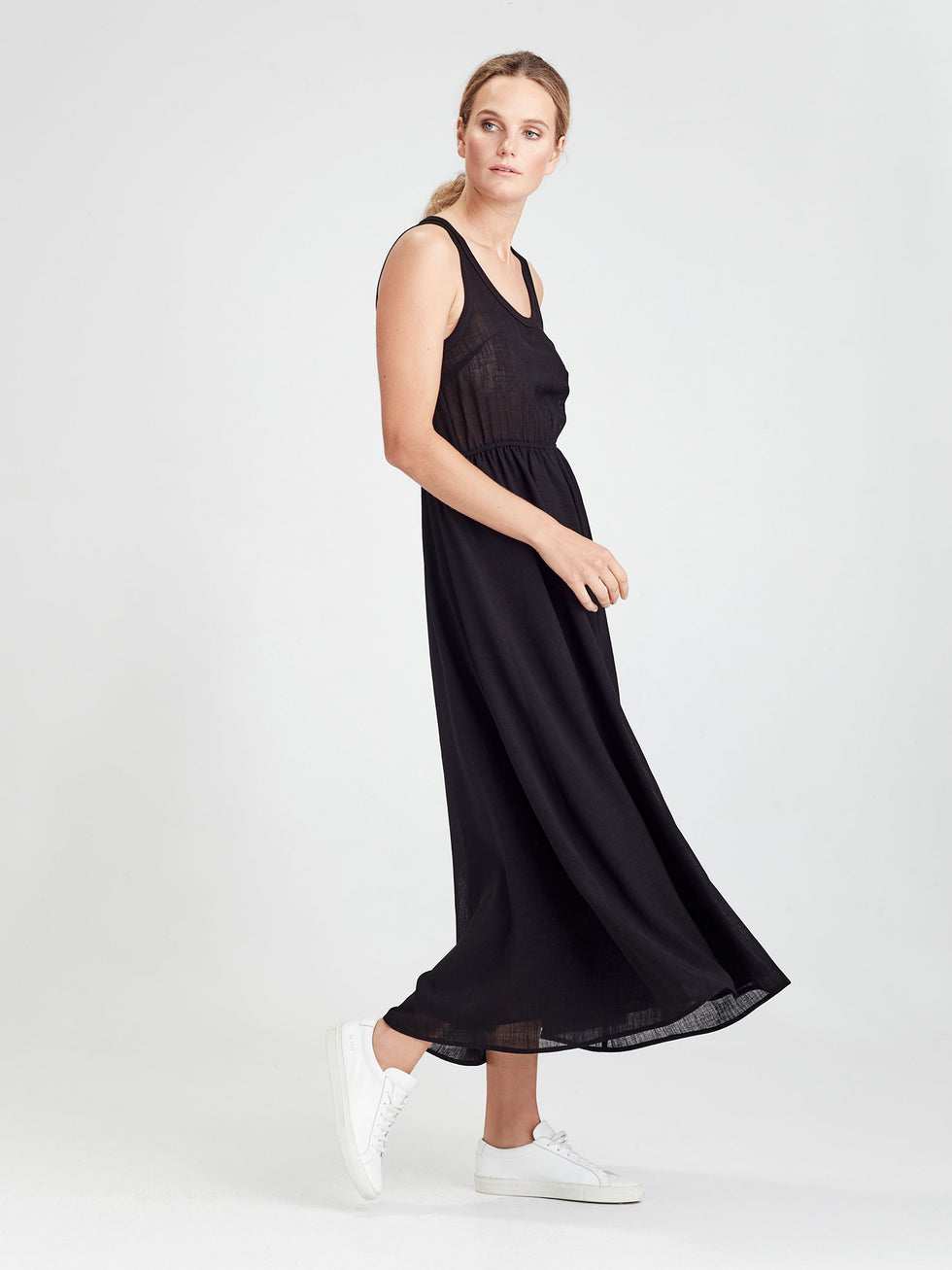 Lillian Dress (Cross Hatch Crepe) Black