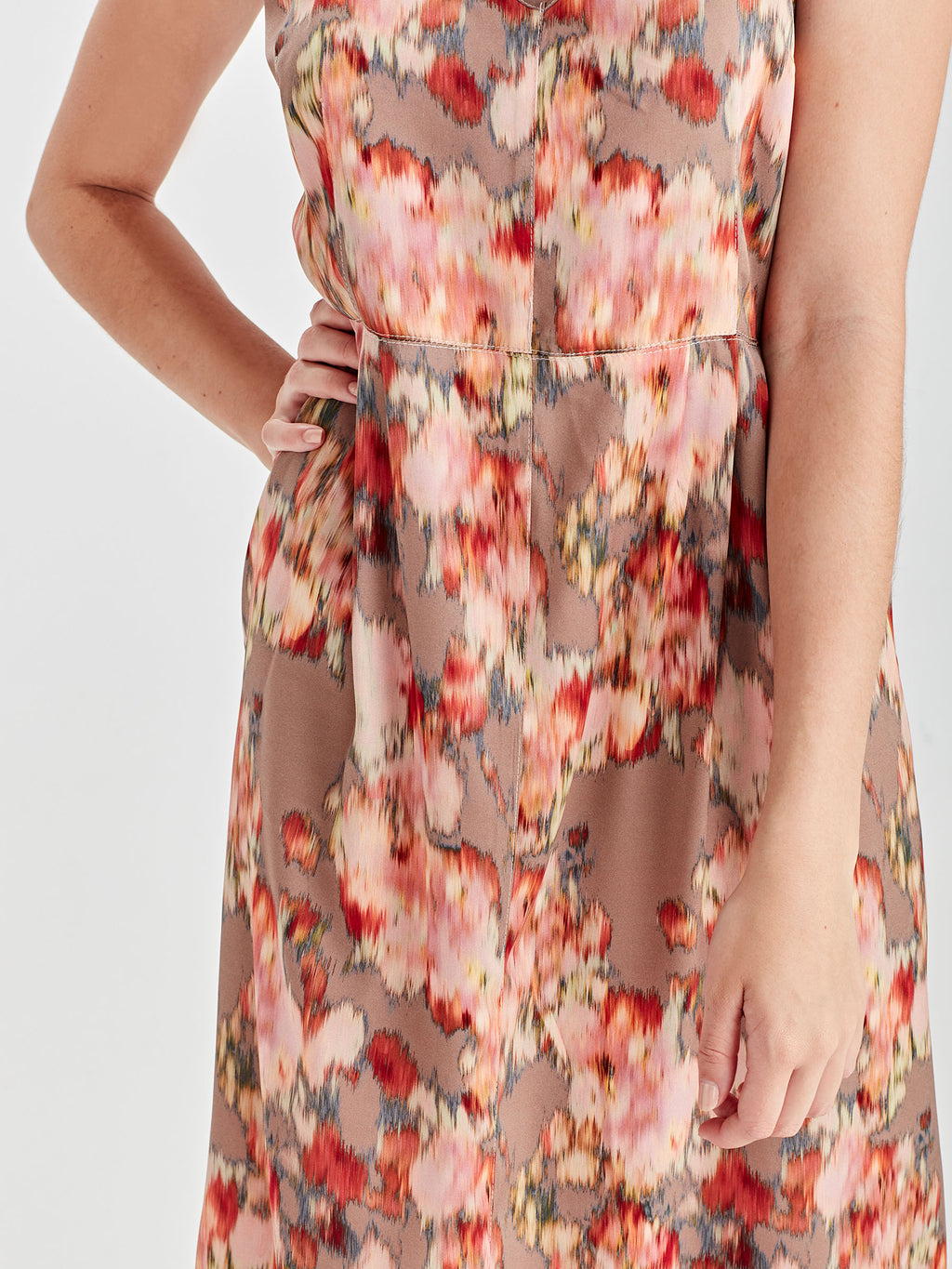 Brenda Slip Dress (Floral Shift) Tapestry