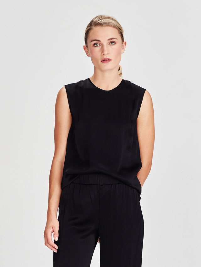 Melrose Tank (Liquid Crepe) Black