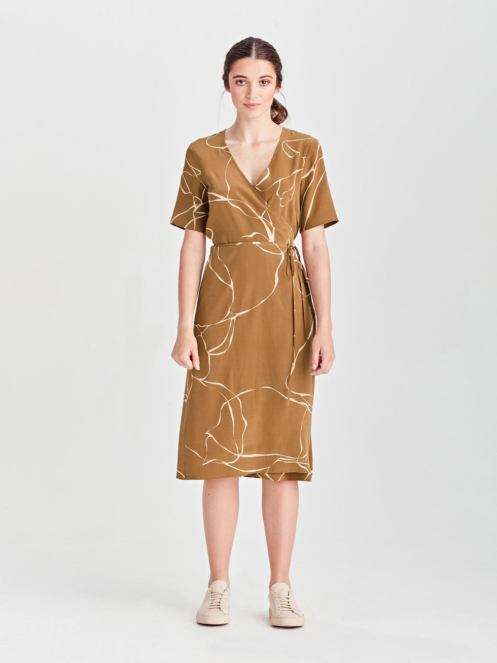 Dina Wrap Dress (Ribbon Poly) Tawny