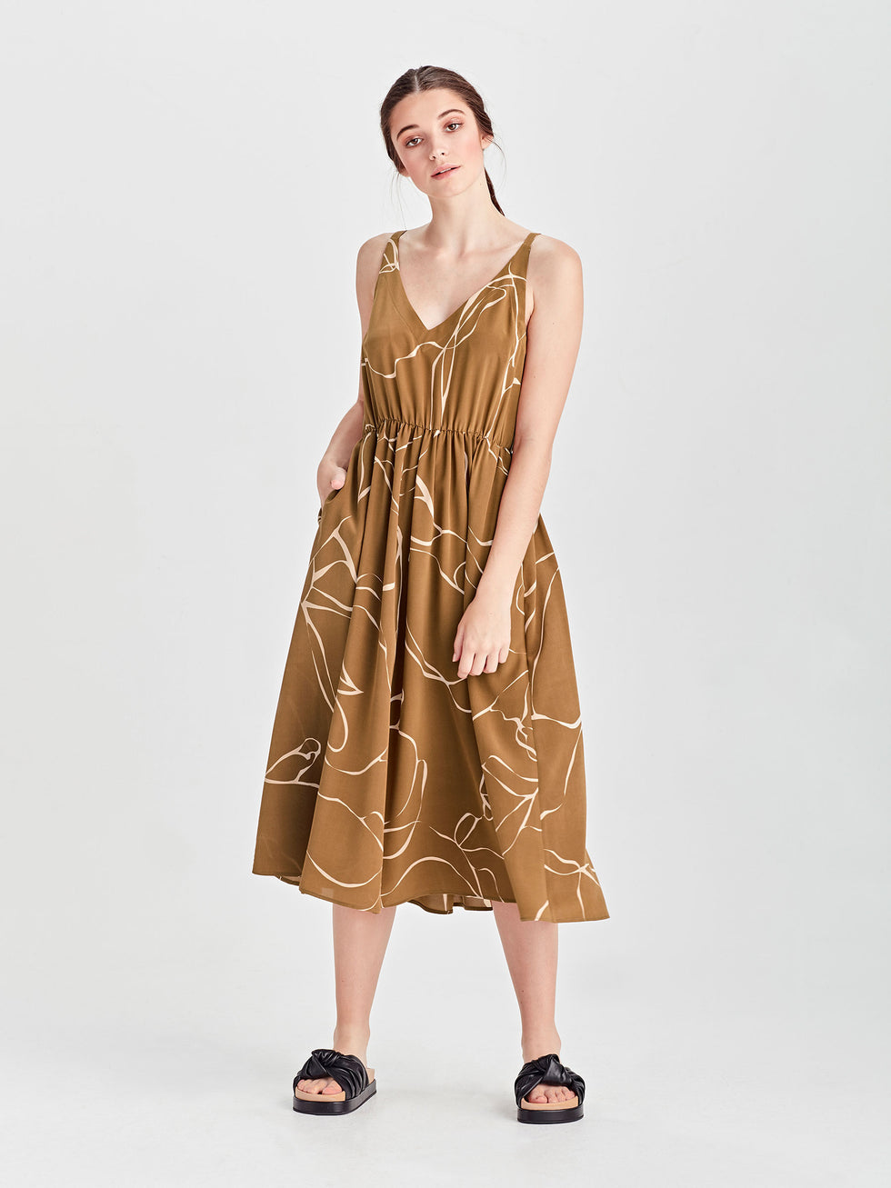 Fifi Dress (Ribbon Poly) Tawny