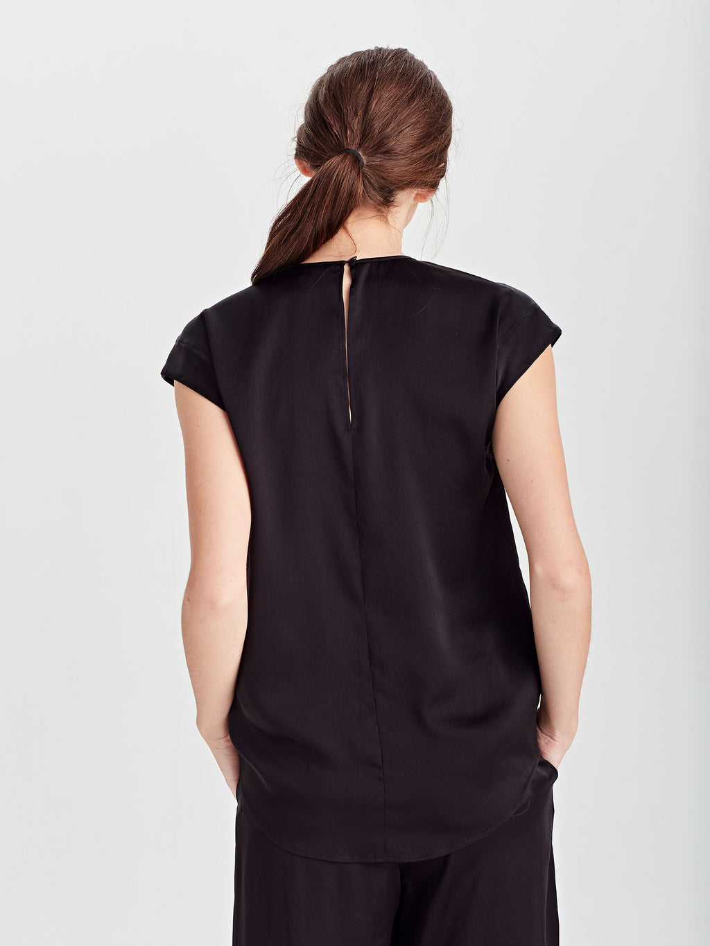 Lima T (Satin Triacetate) Black