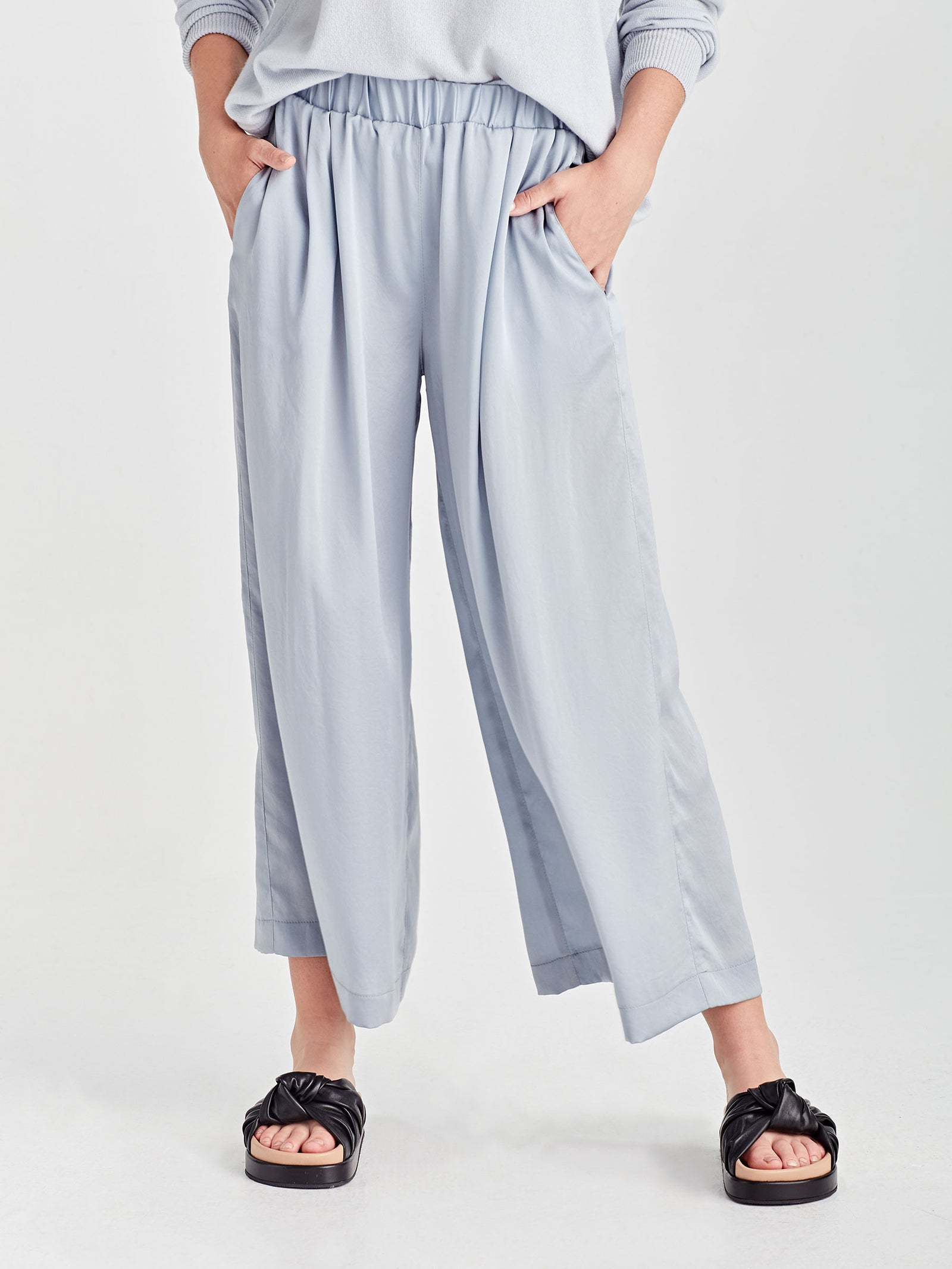 Wide Leg Ash Pant (Satin Triacetate) Powder
