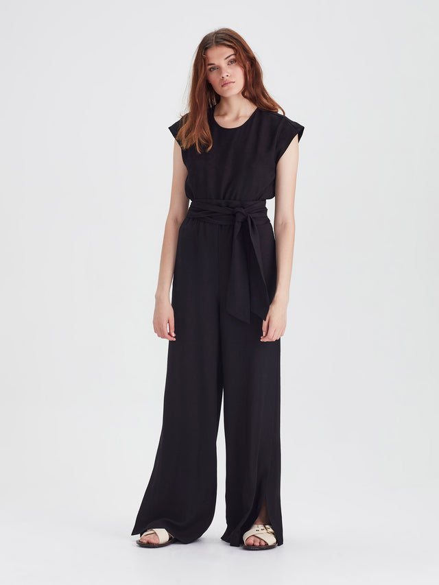 Adelle Jumpsuit (Bamboo Crepe) Black
