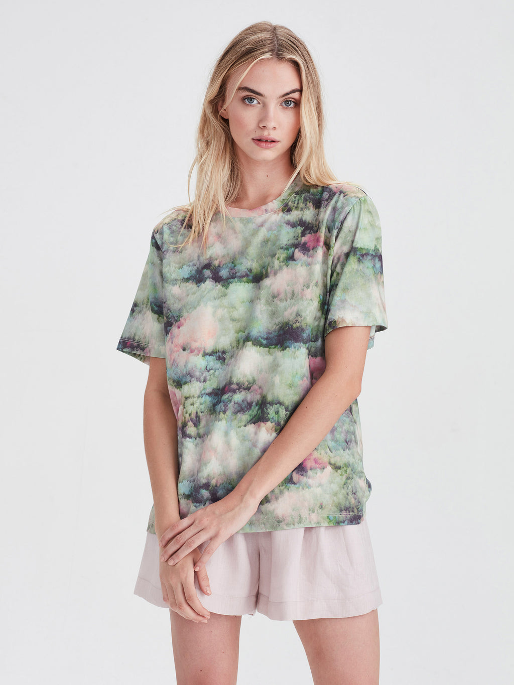 Micky T (Luxe Cotton) Lotus Floral