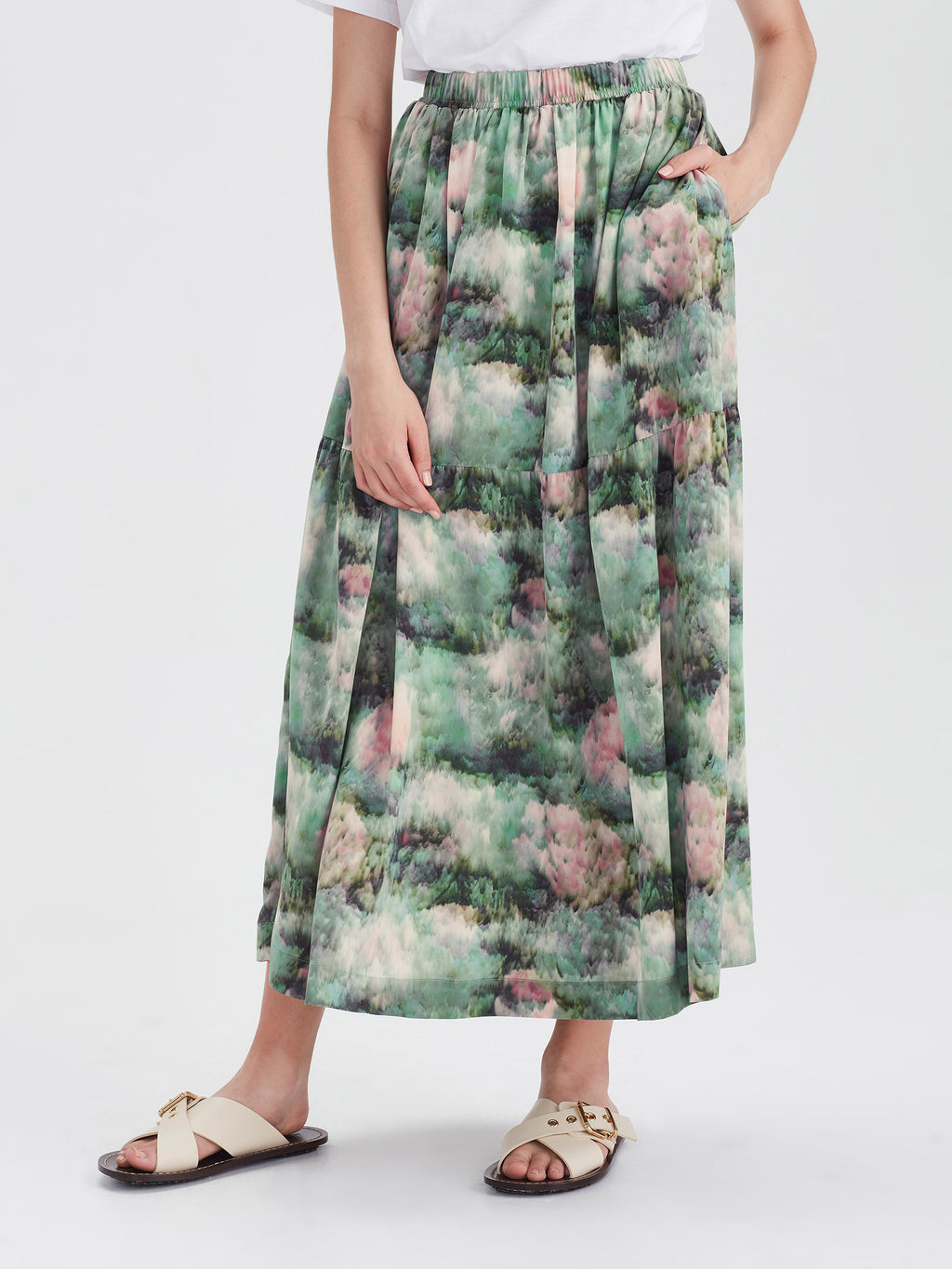 Eugenie Skirt (Lotus Silk) Lotus Floral