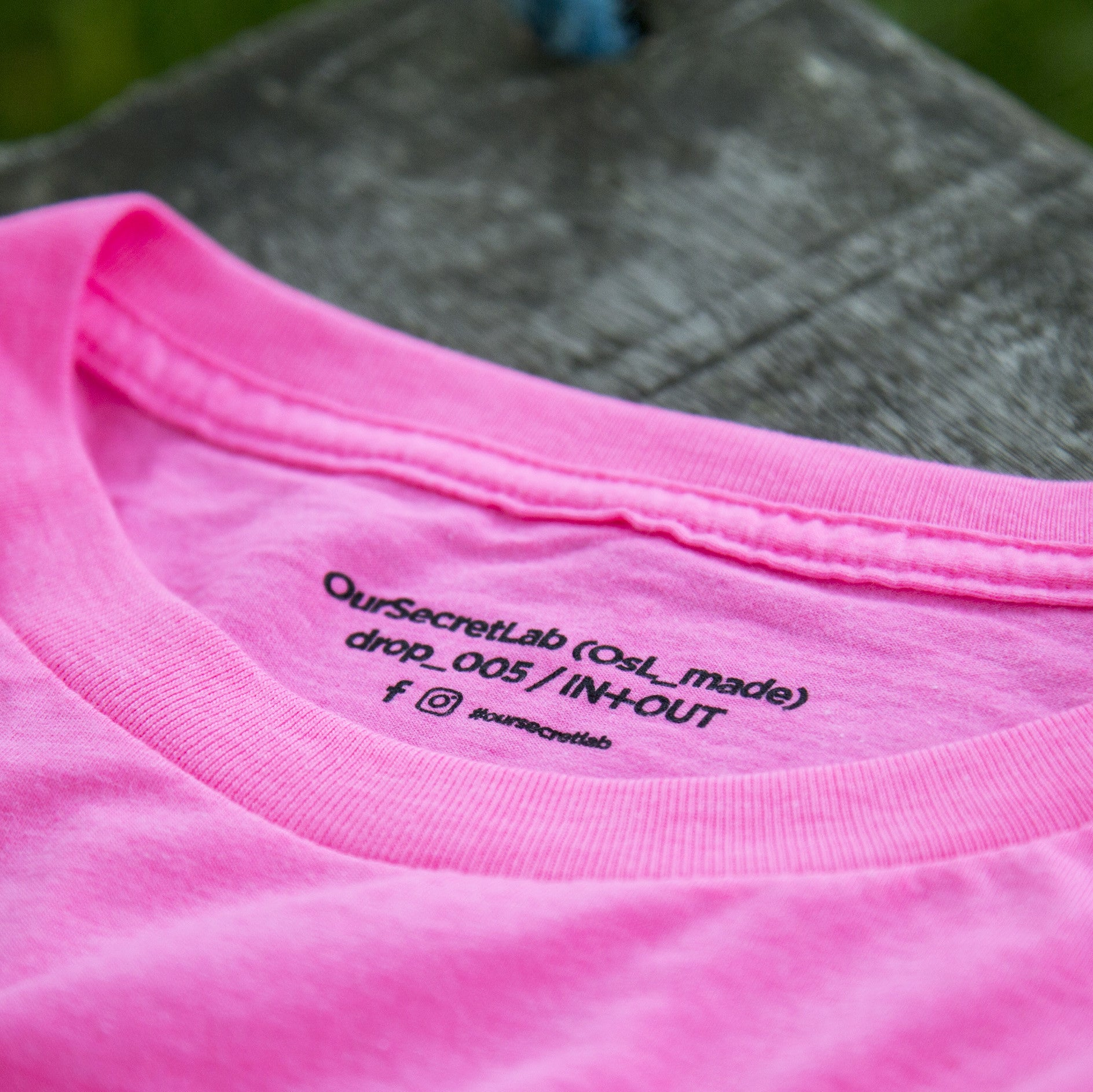 Acid House_tee Neon Pink [IN+OUT]