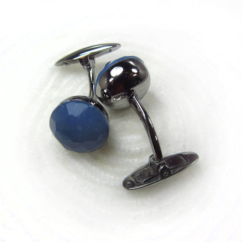 Cuff links with chalcedony