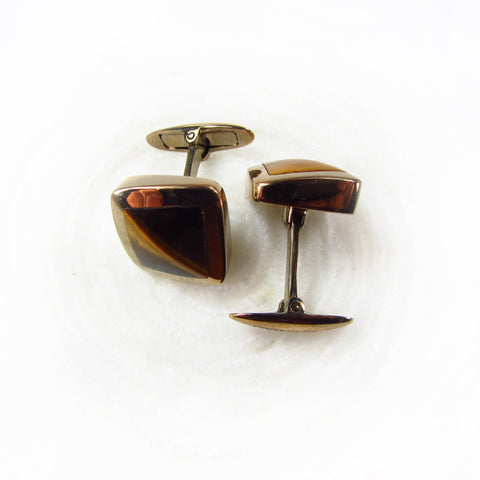 Cuff links wih tiger eye