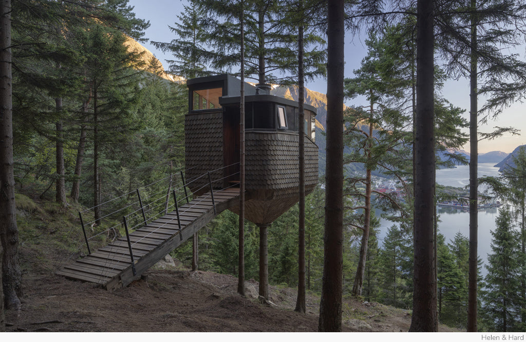 Woodnest Treehouse by Helen & Hard
