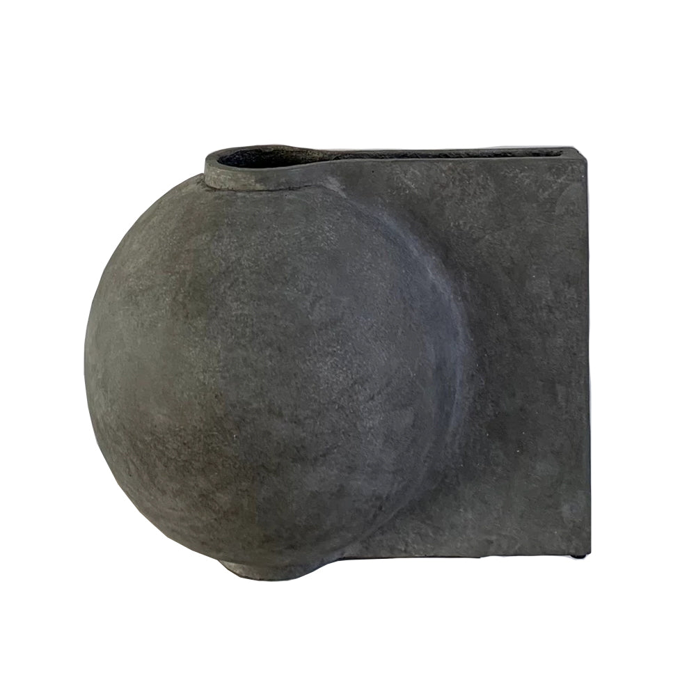 Offset Vase by 101 Copenhagen | Do Shop